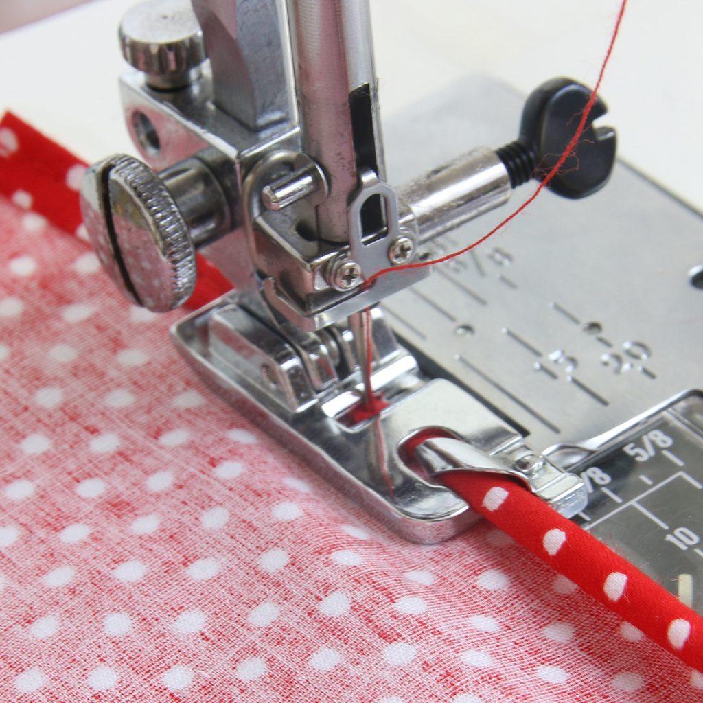 how to sew a narrow hem, rolled hem foot