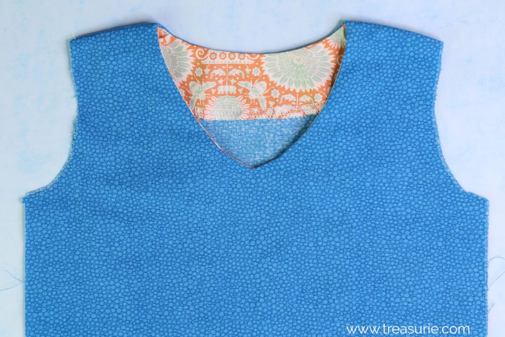 how to sew facing v neck