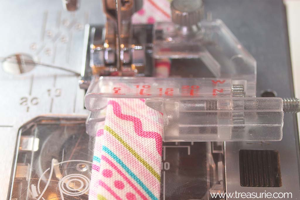 Binder Foot on the Machine
